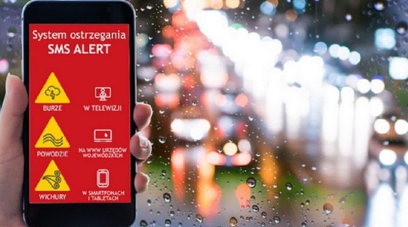 Wystartował krajowy pilotaż systemu ostrzegania SMS-ami przed zagrożeniami